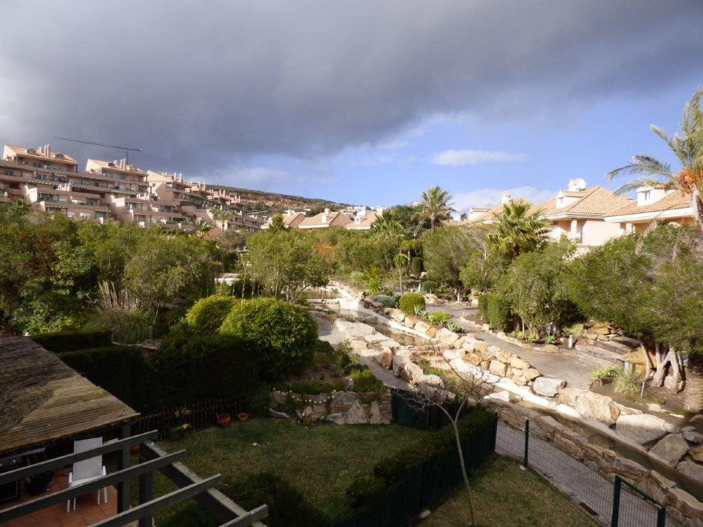 Townhouse in Alcaidesa in immaculate condition and priced to sell!