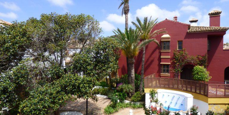 Loma del Rey View Guestroom