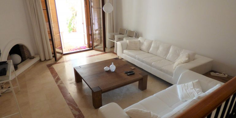 Loma del Rey Livingroom