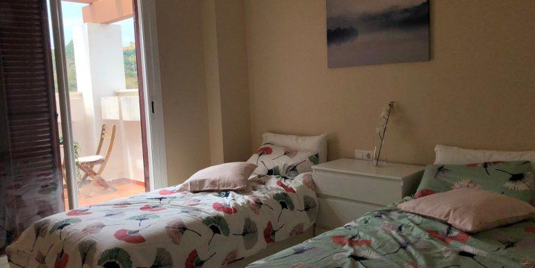 00551 Guestroom