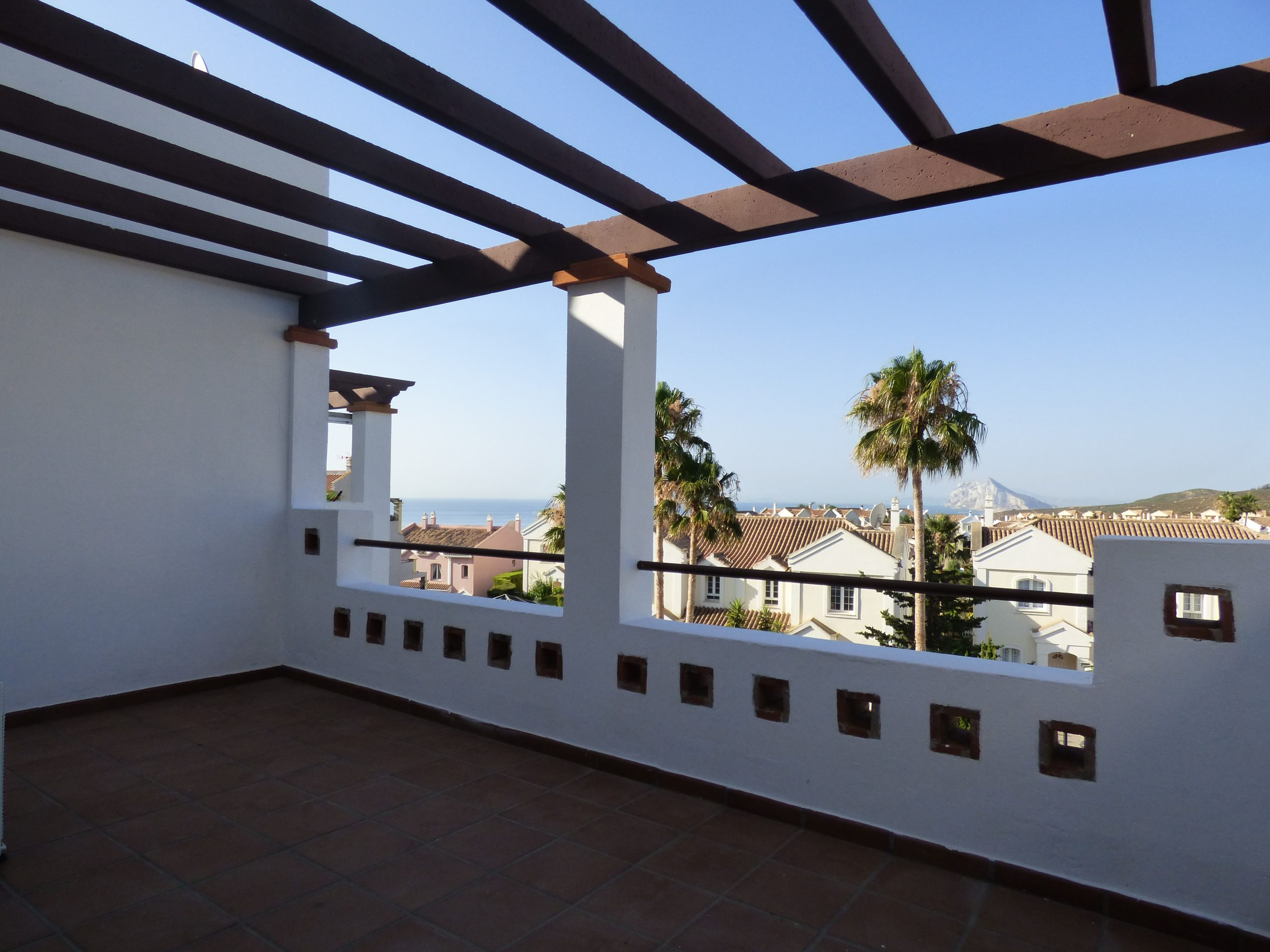 Fantastic opportunity! 2 bedroom apartment in the heart of Alcaidesa!