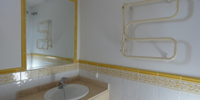 00535 Bathroom