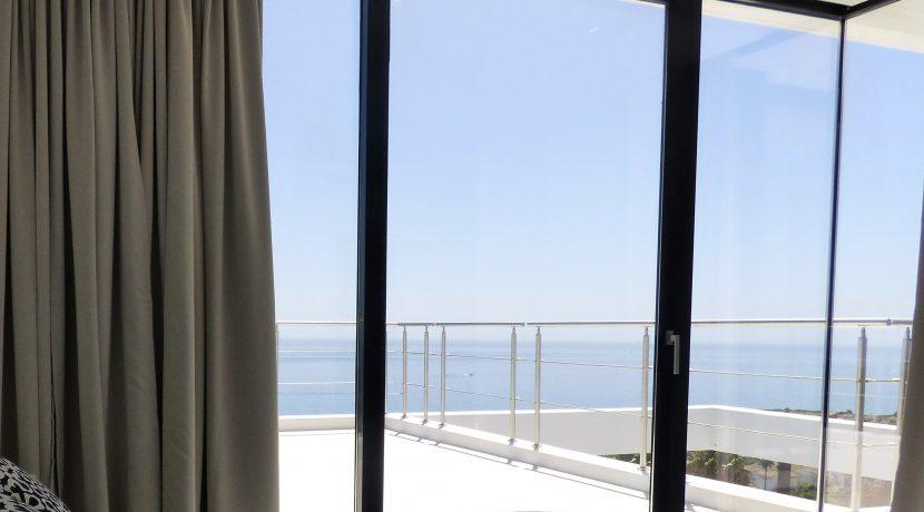 00120 Dormitorio