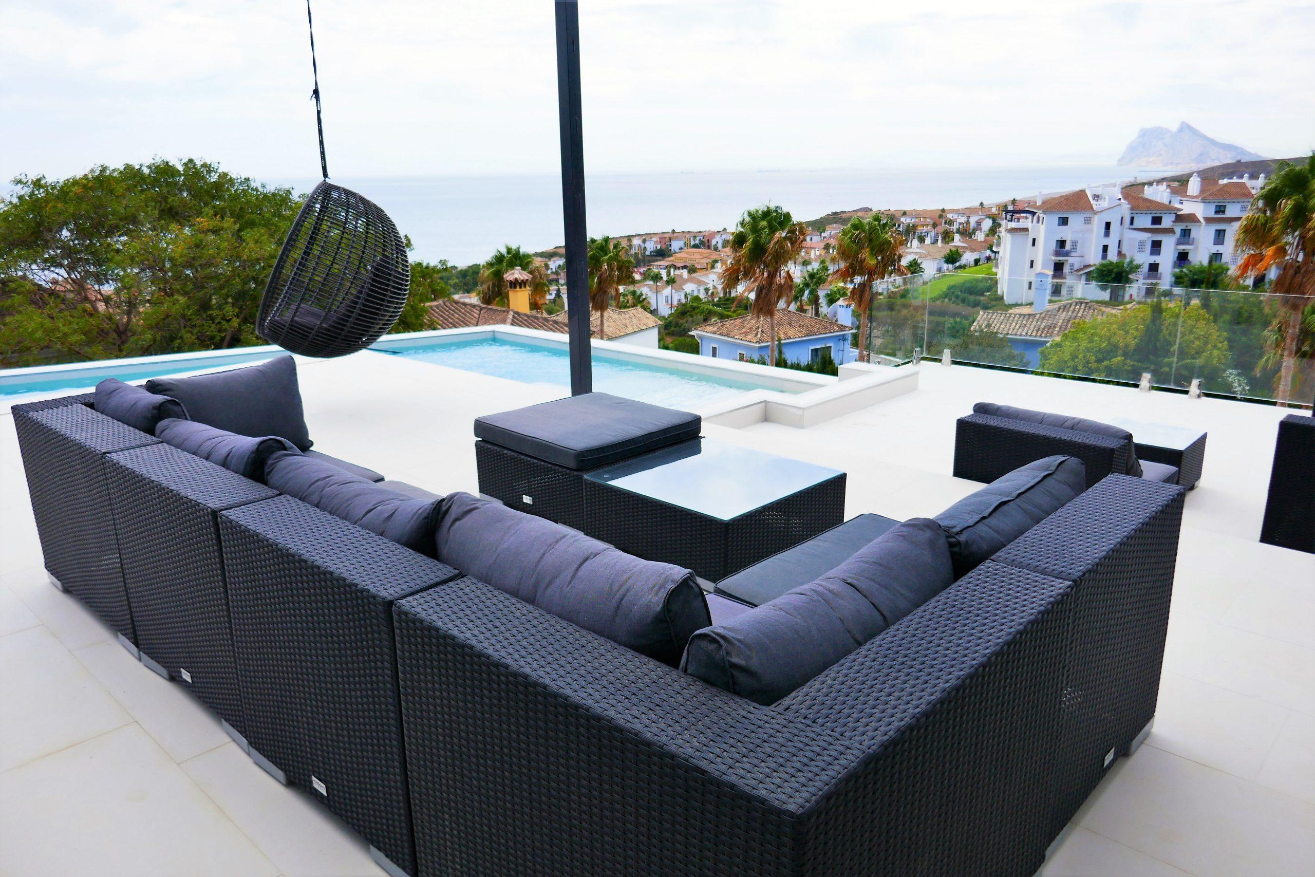 Brand New Villa – Fabulous Contemporary Design – Superb Views