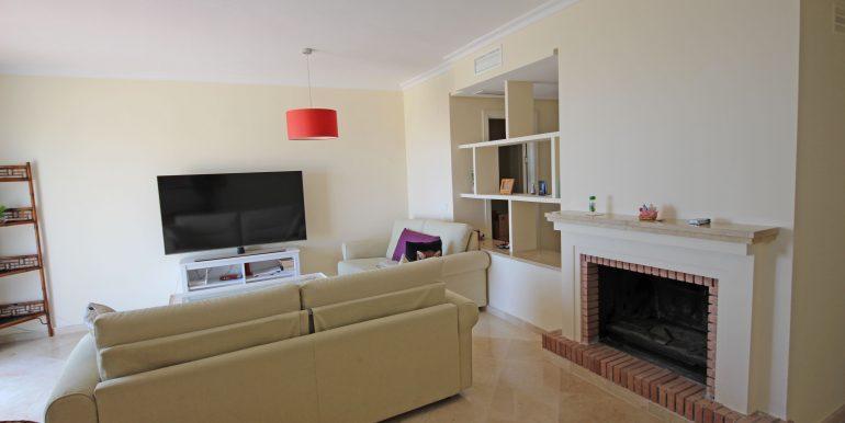 REF 00371 Living room I