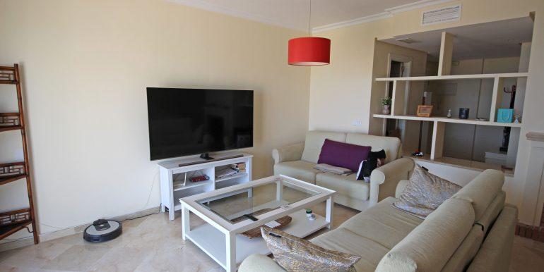 REF 00371 Living room II