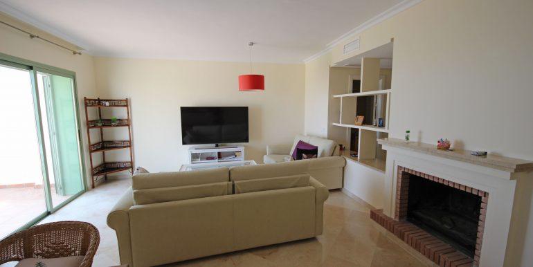 REF 00371 Living room III