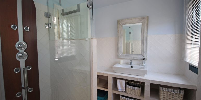 REF 00549 Bathroom Guestroom II