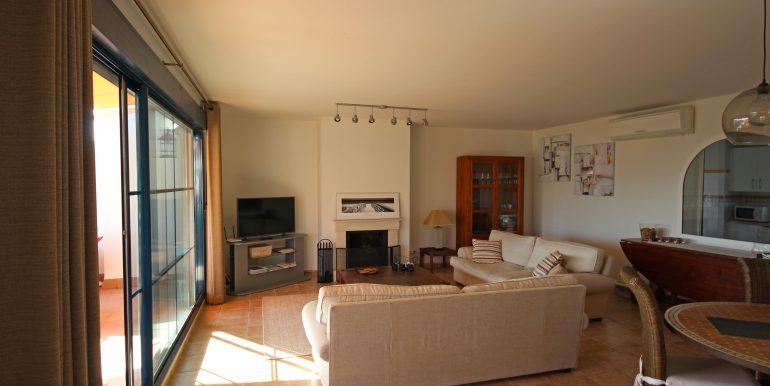 REF 00549 Living room