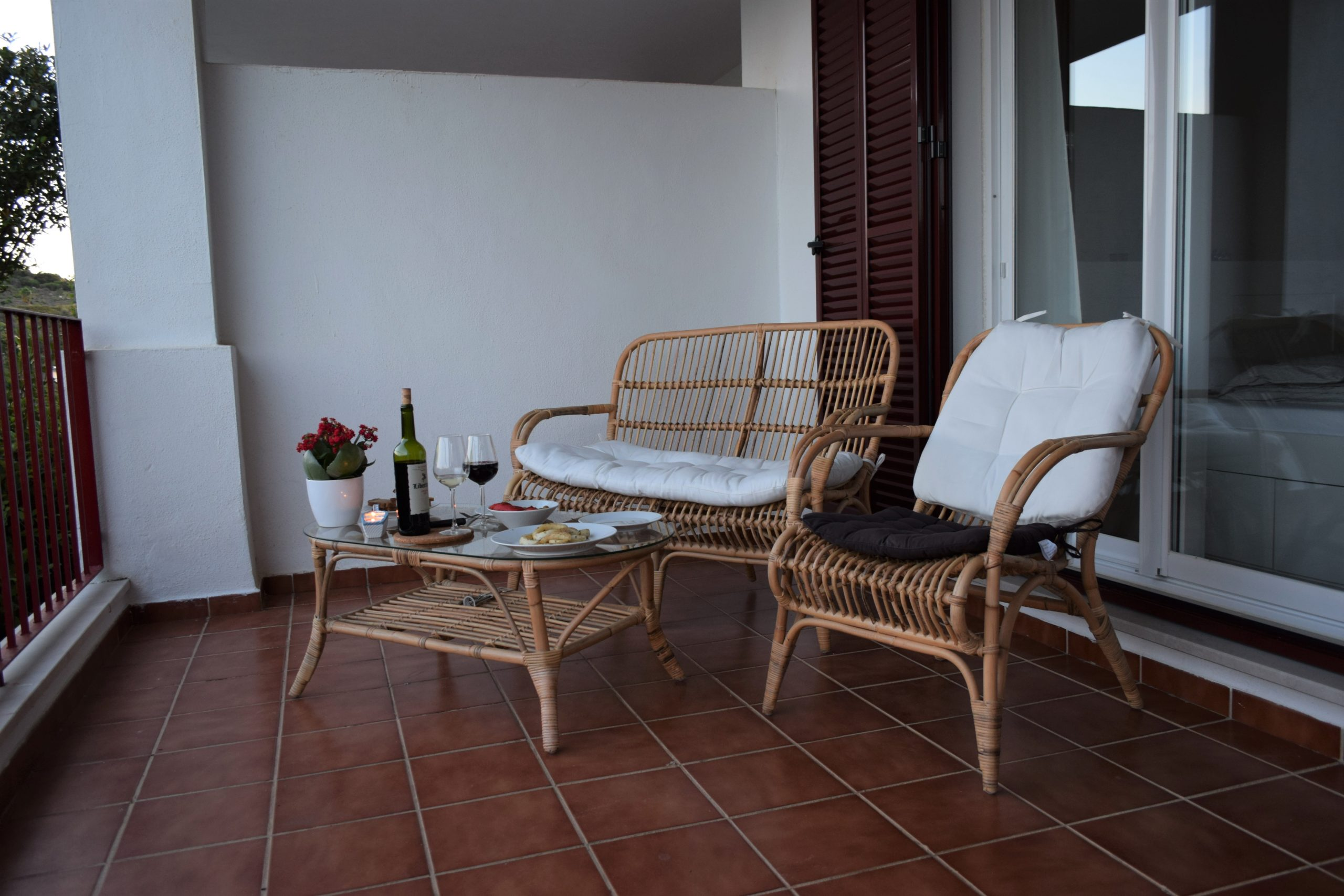 Ground floor apartment with a private garden for your holidays!