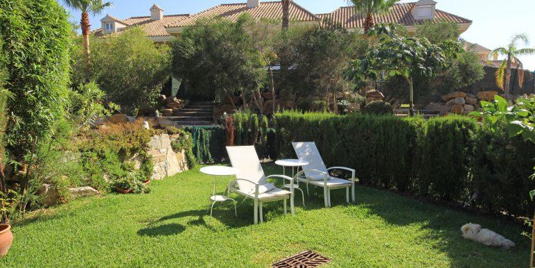 REF 00565 Garden