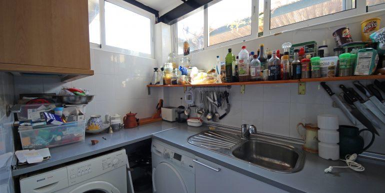 REF 00565 Laundry