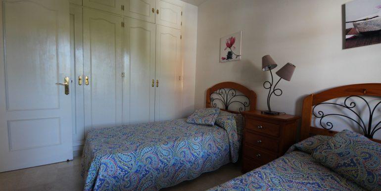 REF 00567 Guestroom wardrobes
