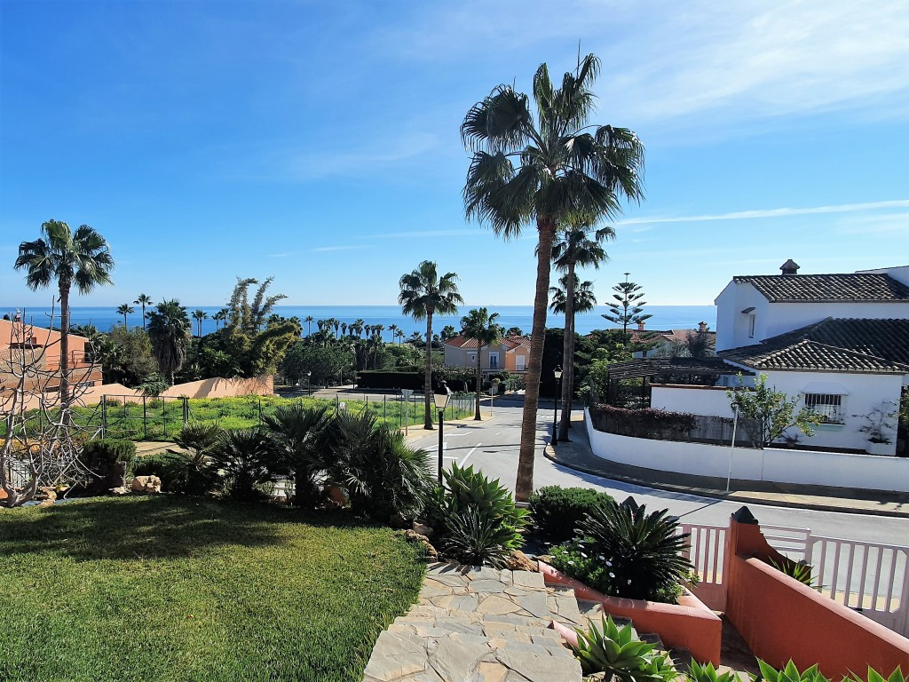 Lovely and well maintained villa in an amazing spot, for an incredible price