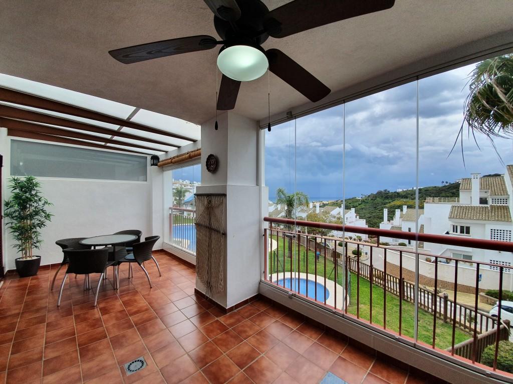 Beautiful apartment for sale in Alcaidesa